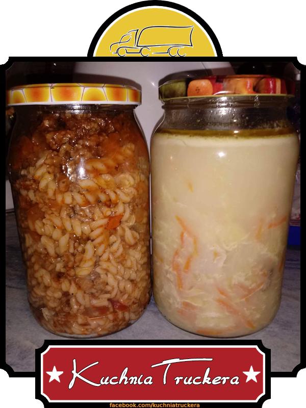Spaghetti i zupa ogórkowa